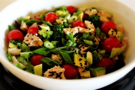 Asian-Tuna-Salad-with-Black
